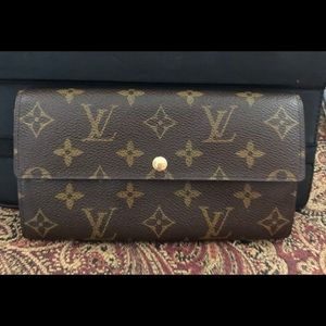 Louis Vuitton Authentic Wallet